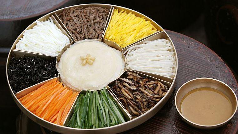 Gujeolpan platos coreanos del norte
