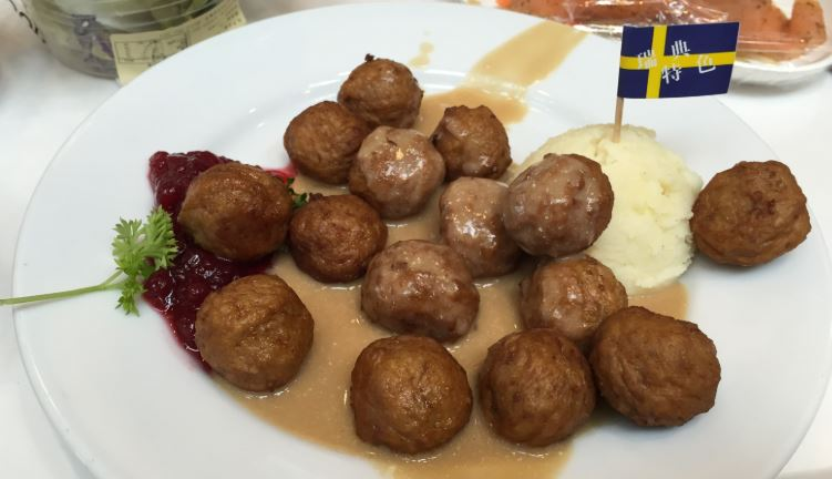 Kottbullar comida sueca