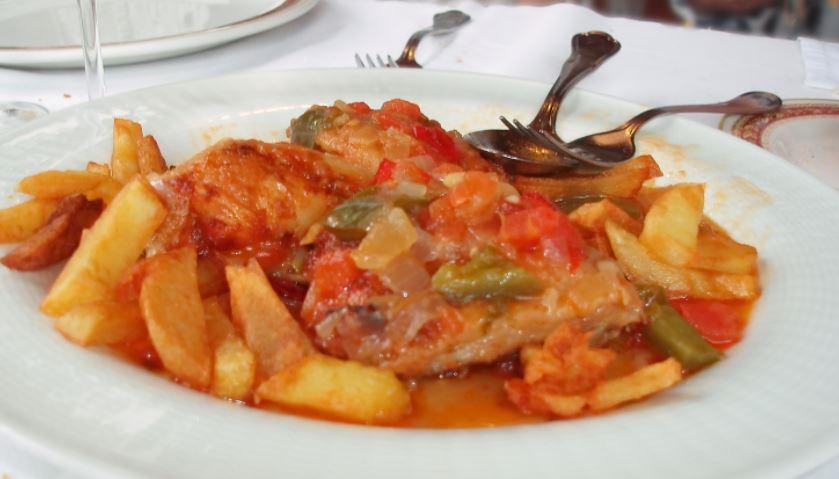 gastronomia zaragoza Pollo al chilindrón