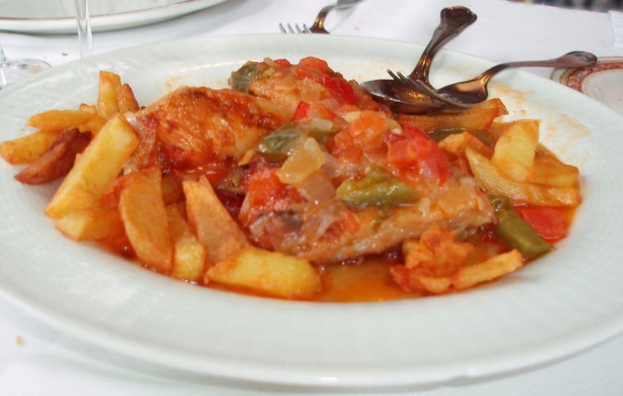 Pollo al chilindron comidas tipicas de aragon