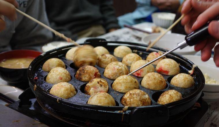 Takoyaki (たこ焼き) gastronomia japonesa