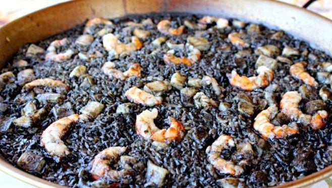 arroz negro comidas tipicas catalanas