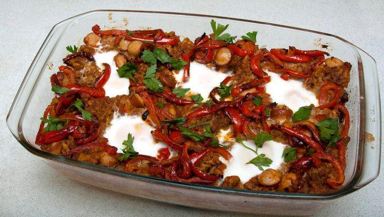 huevos a la flamenca recetas tipicas de sevilla