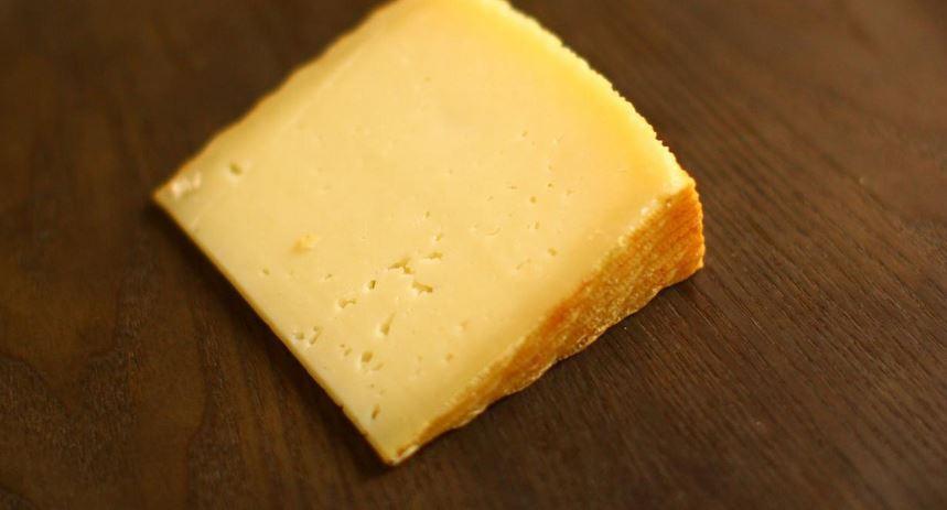 queso manchego comida tipica de castilla la mancha