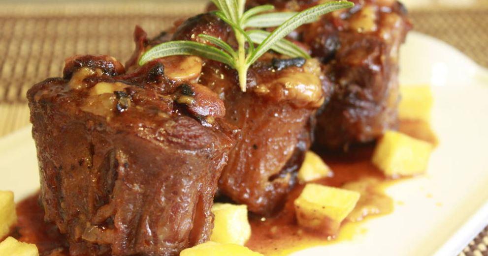 rabo de toro plato tipico andaluz