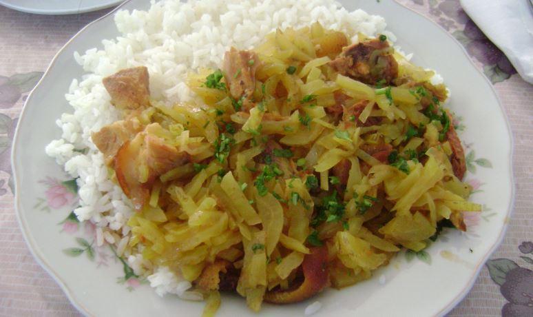 arroz con cerdo comidas tipicas de honduras